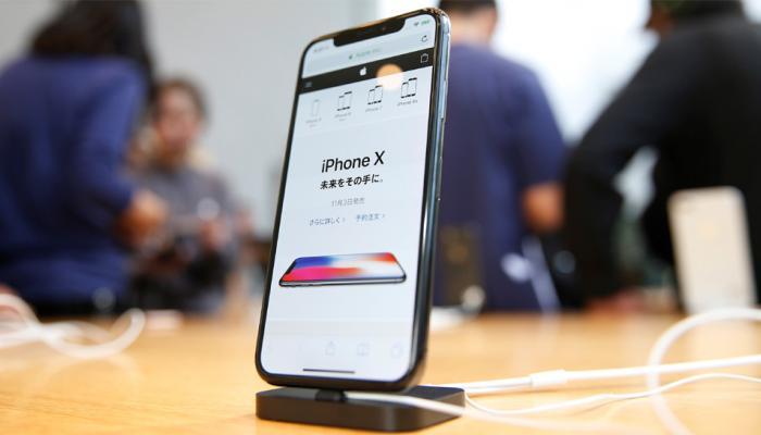 अमेरिका में आईफोन एक्स खरीदारों को डिवाइस एक्टिवेट करने में परेशानी