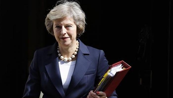 टेरीजा मे ने कहा, ब्रिटेन 29 मार्च 2019 को रात 11 बजे यूरोपीय संघ से अलग हो जाएगा