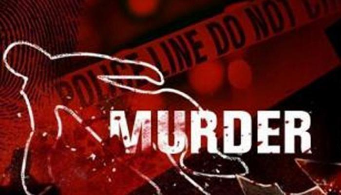 मथुरा: मामूली कहासुनी में पति ने पत्नी की कनपटी पर दागी पांच गोली