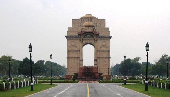 कानून की किस किताब में लिखा है कि दिल्ली, भारत की राजधानी है: SC में केजरीवाल सरकार