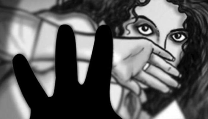 उत्तर प्रदेश: चलती कार में लड़की से गैंगरेप, पीड़िता को खंडहर में फेंक फरार हुए आरोपी