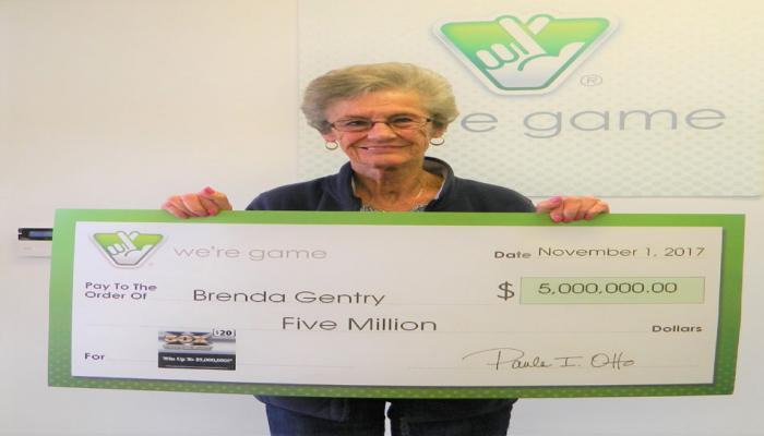 इस महिला ने लगातार तीसरी बार लॉटरी जीतकर लगाई हैट्रिक, इनाम में मिले 32 करोड़