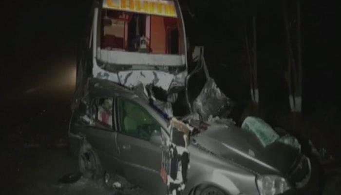 गुजरातः मेहसाणा में भीषण सड़क दुर्घटना, कार और बस की टक्कर में 7 लोगों की मौत