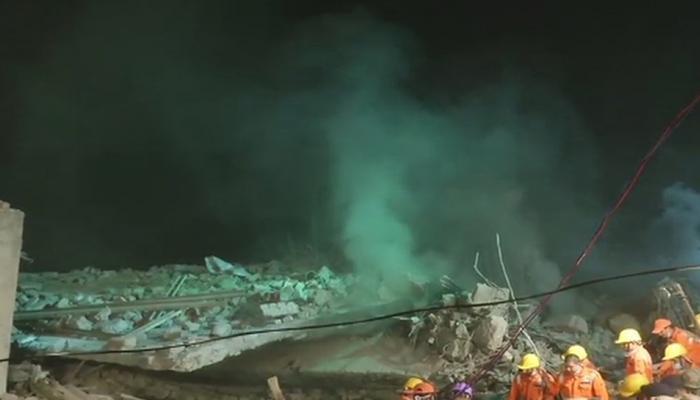लुधियाना : प्लास्टिक फैक्ट्री में लगी आग, तीन मंजिला इमारत ढही, 4 की मौत