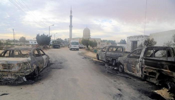 मिस्र: मस्जिद हमले में मरने वालों की संख्या 305 हुई, आतंकियों ने लहराया था ISIS का झंडा