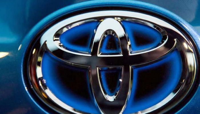 टोयोटा के लिए खुशनुमा रहा नवंबर, 13 फीसदी बढ़ी बिक्री