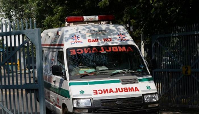 विशाखापत्तनम: 3 बसें आपस में टकराईं, पिकनिक के लिए गए 50 से ज्यादा छात्र घायल