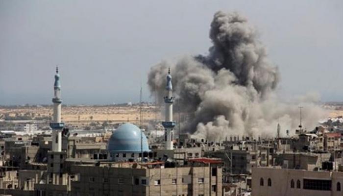 रॉकेटों के जवाब में इजरायल का गाजा पट्टी के हमास ठिकानों पर हवाई हमला