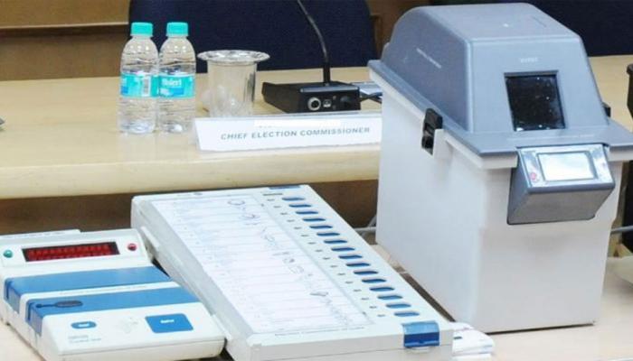 गुजरात चुनाव : 10 पोलिंग स्टेशनों पर VVPAT पर्चियों से होगी वोटों की गिनती, यह है कारण