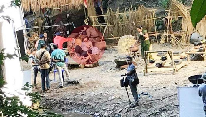 Photos Leak of the Shooting of 'Thugs of Hindostan'