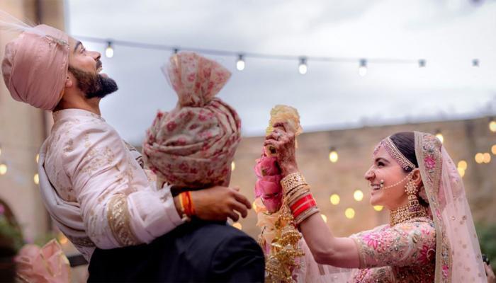 अद्भुत है कोहली-अनुष्का की जोड़ी, मीडिया की वजह से शादी के लिए गए इटली: सानिया