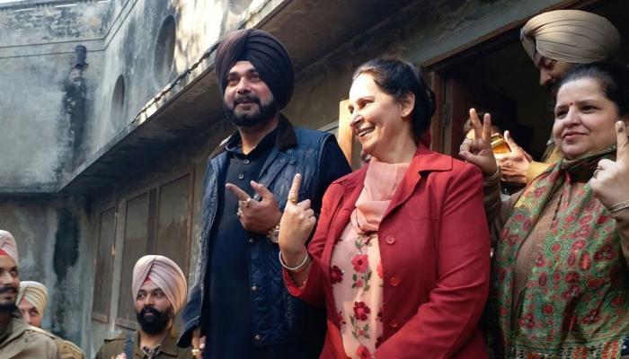 पंजाब में कैप्टन की पहली परीक्षा, नगर निकाय चुनावों के लिए वोटिंग जारी