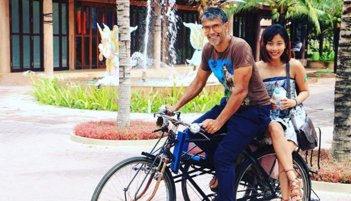50 साल के यह बॉलीवुड एक्टर करने जा रहे हैं शादी, 28 साल छोटी होंगी Life Partner
