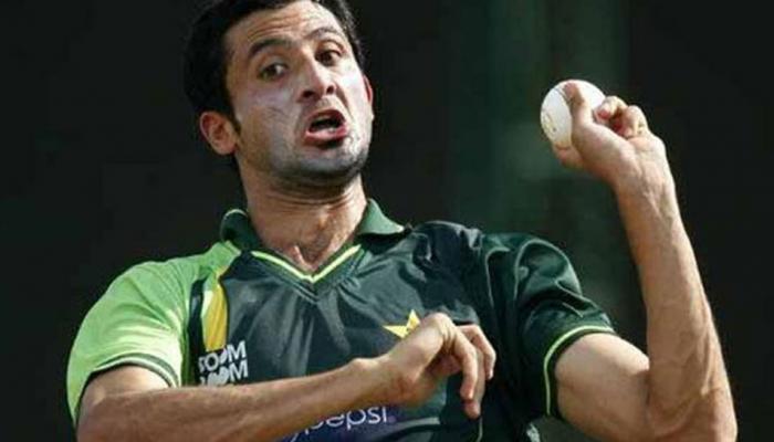पाकिस्तान को झटका, न्यूजीलैंड दौरे से बाहर हुए तेज गेंदबाज जुनैद खान