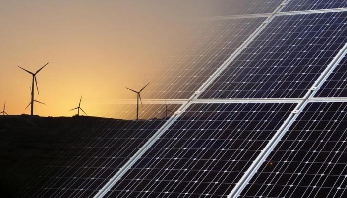 देश अक्षय ऊर्जा क्षेत्र में 2018 में लंबी छलांग लगाने के लिए तैयार