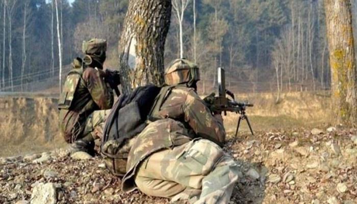 LOC के पास पाकिस्तानी गोलीबारी में आर्मी के मेजर, तीन सैनिक शहीद