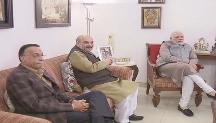 93 साल के हुए भारत रत्न अटल बिहारी, शुभकामनाएं देने पहुंचे पीएम मोदी