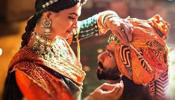 संजय लीला भंसाली को सेंसर बोर्ड ने दिया New Year Gift, नए नाम के साथ रिलीज होगी 'पद्मावती'