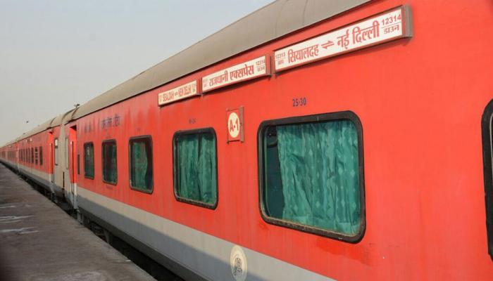राजधानी और शताब्दी ट्रेनों में खाना खाते हैं, तो ये सरकारी आंकड़ें आपको डरा सकते हैं !