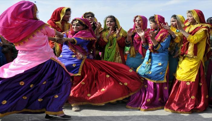 Lohri celebration 2018 photos in india