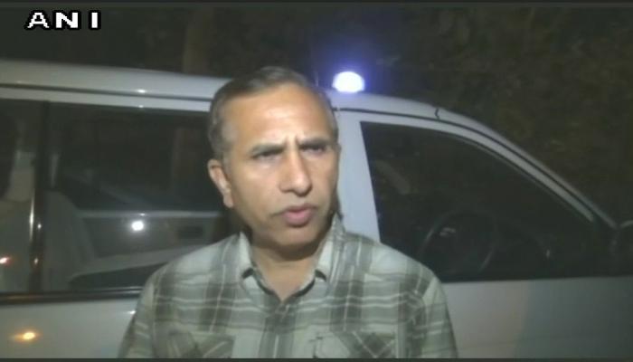 दिल्ली के पास सरेआम लड़की का अपहरण, चलती कार में गैंगरेप