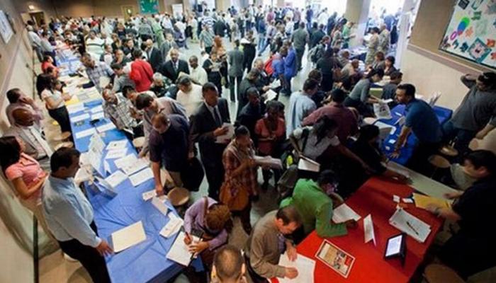 नौकरी तलाशने वालों के लिए अच्छी खबर, भारतीय रोजगार बाजार में 10 फीसदी की बढ़ोतरी