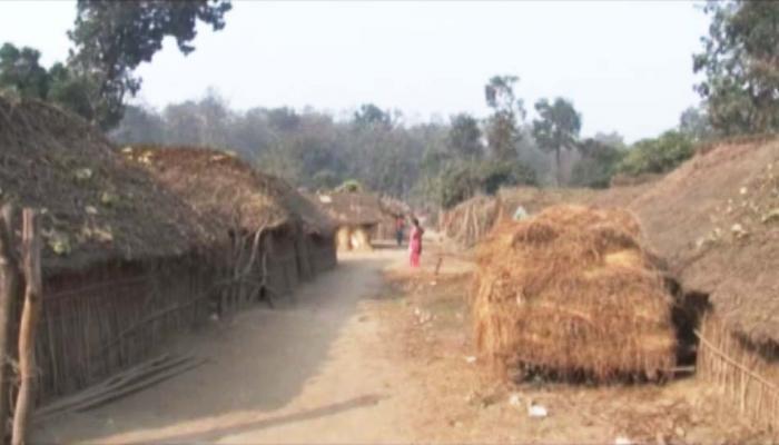 यूपी का ये गांव है सरकारी नक्शे से 'गायब', 'आधार' जैसी जरूरी योजनाओं से महरूम हैं लोग