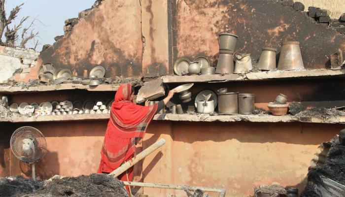 पाकिस्तानी गोलाबारी से वीरान हुआ अरनिया कस्बा, LoC के पास 40000 से अधिक लोगों ने छोड़ा घर
