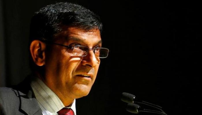 RBI के गवर्नर रहे रघुराम राजन ने नोटबंदी को बताया विकास दर में गिरावट की वजह