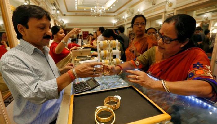 सोना 250 रुपये टूटा, चांदी 41000 के नीचे