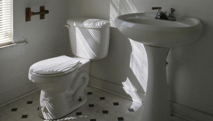 इस कॉलेज में एक ही टॉयलेट यूज करेंगे मेल और फीमेल स्टूडेंट