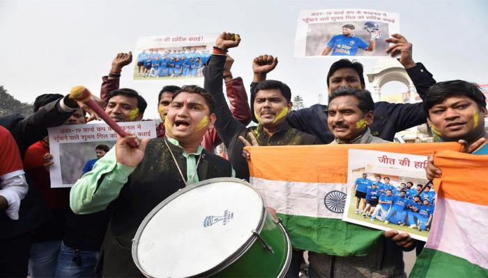 India celebrates winning of Rahul dravid boys in Under 19 world cup 2018