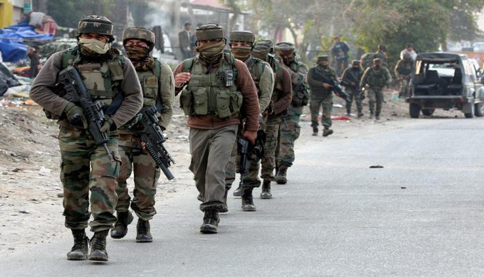 जम्मू-कश्मीर: सुंजवान आर्मी कैंप में आतंकियों को घेर लिया है, ऑपरेशन जारी- भारतीय सेना