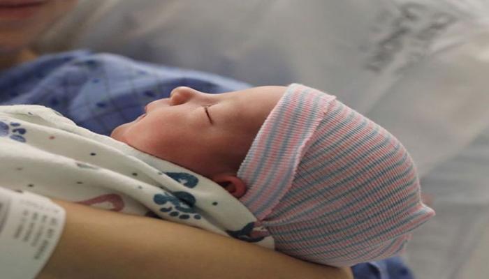 VIDEO: छह दिन का यह बच्चा है सोशल मीडिया पर 'स्टार', 14 लाख लोग करते हैं फॉलो