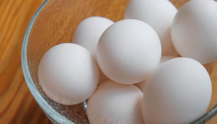 सफेद अंडे का ये कमाल जानकर हैरान रहे जाएंगे, लेकिन...