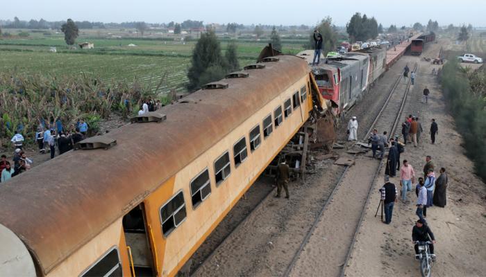 मिस्र में दो रेलगाड़ियों की भिड़ंत; 15 की मौत, 40 जख्मी