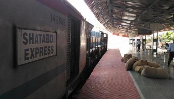 और भी शानदार होगा राजधानी और शताब्दी का सफर, 16 ट्रेनों के लिए रेलवे ने तय किए नए स्टैंडर्ड