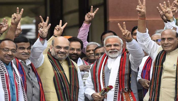 पूर्वोत्तर में जीत के बाद संसद में प्रधानमंत्री का जोरदार स्वागत