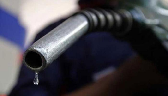 PADOSI DESH: higher price in india pushing diesel petrol smuggling