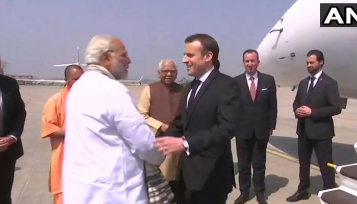 मीर्जापुर पहुंचे पीएम मोदी और फ्रांस के राष्ट्रपति मैक्रों, सोलर पावर प्लांट का उद्घाटन