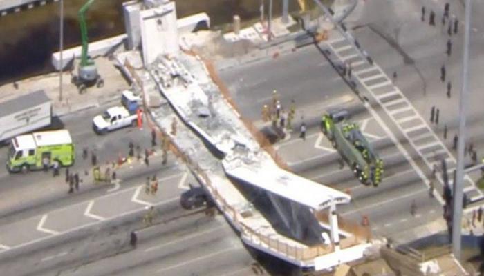 अमेरिका : फ्लोरिडा में नवनिर्मित ब्रिज ढहा, 4 की मौत