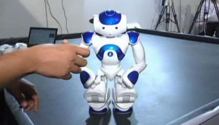 VIDEO : सरकारी दफ्तरों में काम करते दिखेंगे रोबोट, खेतों में भी करेंगे काम!