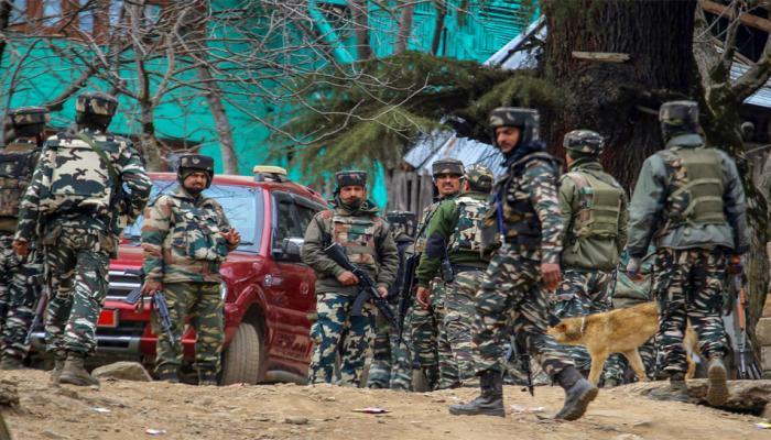 कुपवाड़ा एनकाउंटर: सेना के तीन जवान और दो पुलिसकर्मी शहीद, पांच आतंकवादी ढेर
