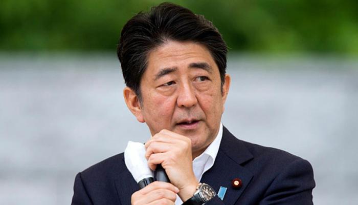 जापान: प्रधानमंत्री शिंजो आबे ने स्कैंडल के बीच संविधान बदलाव का संकल्प जताया