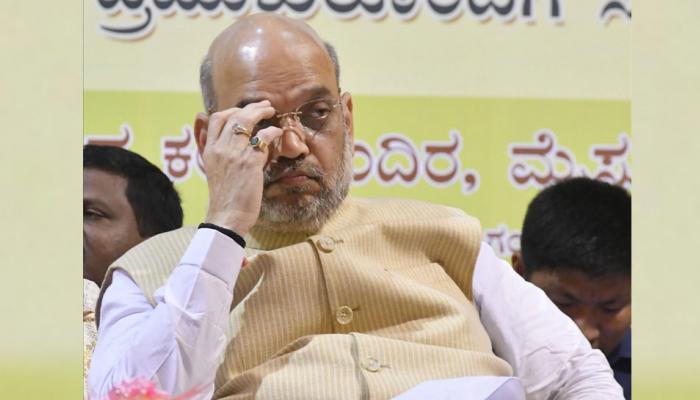 VIDEO: कर्नाटक में अमित शाह की दलितों के साथ बैठक के दौरान हंगामा