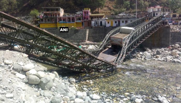 उत्तराखंड: अस्सीगंगा नदी पर बना पुल तीन महीने में दूसरी बार टूटा