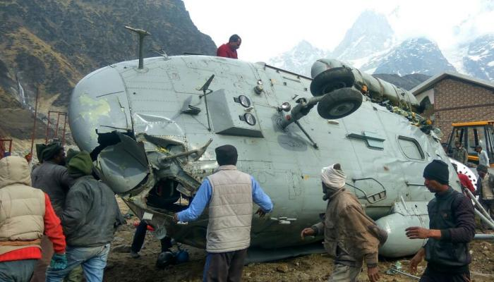 Indian army Helicopter MI-17 Caught Fire Near Kedarnath Temple
