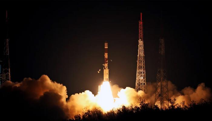 अंतरिक्ष में ISRO की एक और सफल उड़ान, नेविगेशन सैटेलाइट से मिलेगी सीमा-समुद्र के नक्शे की सटीक जानकारी
