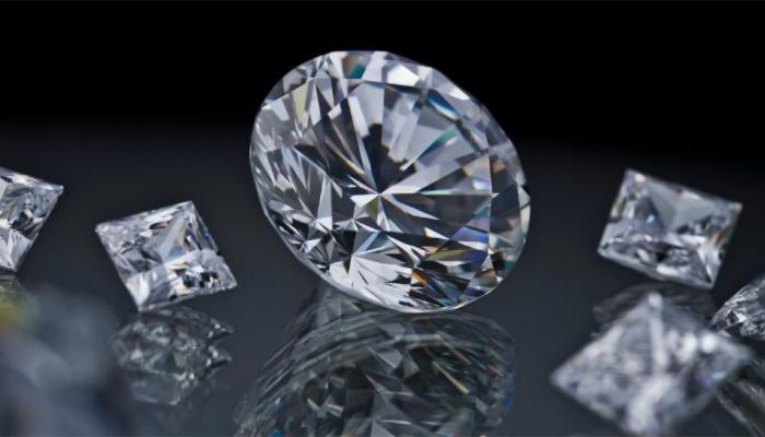 कठोर हीरे को भी रबड़ की तरह खींचा जा सकता है, करना होगा ये काम