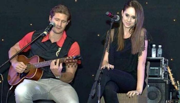 VIDEO: जब शेन वॉटसन ने एबी डिविलियर्स की पत्नी के साथ गाया गाना